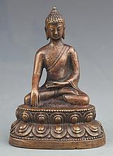A FINELY CARVED AKSHOBHYA BUDDHA SHAPE BRONZE DECOREATION