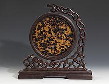 A FINELY DESIGN TORTOISESHELL COPY AND ROSEWOOD TABLE PLAQUE