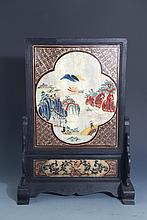 A FINELY PAINTED MARBEL AND REDWOOD TABLE PLAQUE