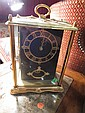 VINTAGE ELECTRIC CARRIAGE CLOCK WITH GLASS CASE, MINOR CRACK TO GLASS FRONT LEFT, APPROX 11