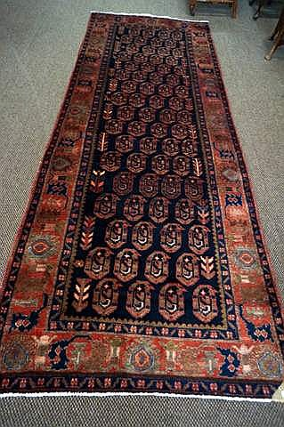 Hand made woollen Saveh runner from West Iran 310