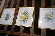 3 Dasiy Wood still life floral prints