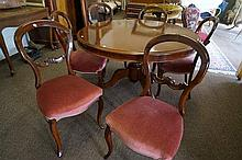 Set of 6 Vic walnut balloon back chairs