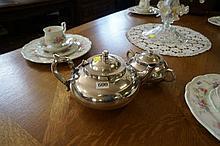 Robur EP tea pot & strachan sugar bowl