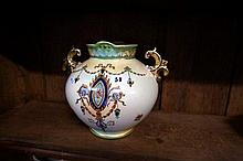 Edw C/Devon twin handled vase