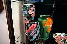 3 vases inc C/Ducal