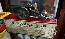 1930's Britains Naval gun mounted for field operation in original box