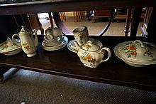 Royal Doulton Roslyn part dinner set inc tea & coffee pots