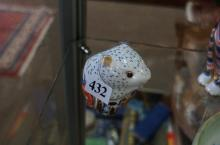 R/Crown Derby paperweight of Poppy Mouse