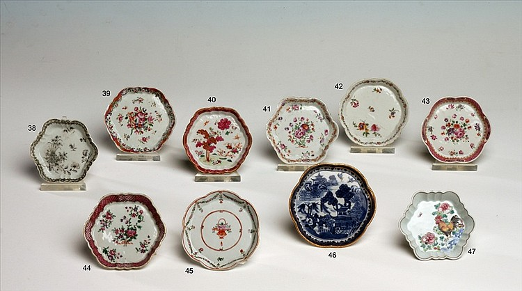 CHINESE EXPORT PORCELAIN OCTAGONAL SPOON TRAY