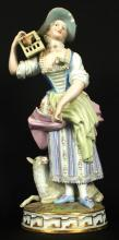 19TH C. ANTIQUE MEISSEN FIGURE