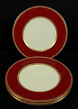 SET OF 4 ROYAL WORCHESTOR PORCELAN PLATES