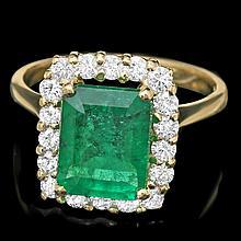 18k Gold 2.80ct Emerald 0.70ct Diamond Ring