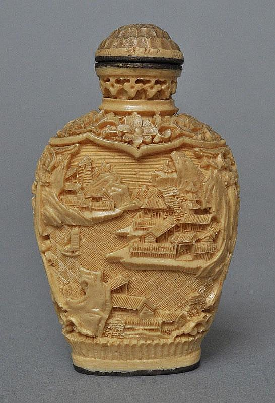 A Chinese Bone Carved Snuff Bottle