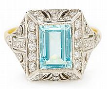 AN ART DECO AQUAMARINE AND DIAMOND RING