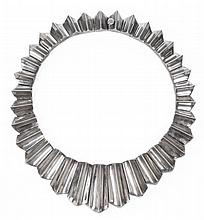 A LARGE AND UNUSUAL MEXICAN SILVER NECKLACE