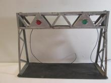 Lionel O Scale Signal Bridge