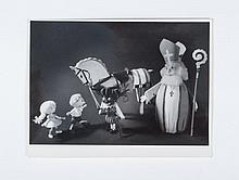 [Sinterklaas], 4 display photos Ole Nilson, Zeist,  ca. 1955 - added: a portrait of a (young) Sinter