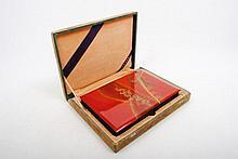 [Japan - Lacquer album], Modern Japanese leporello lacquer box (harmonica-shaped), 27 x 18 cm. with