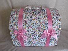 All original NRFB 1990s Effanbee 'Sammie' Doll trunk. Pink flower trunk, 20
