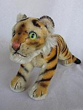 Vibrant mohair 60s Steiff 'Running Tiger' 33cm long, missing paper label, l