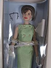 NRFB Franklin Mint Jackie Kennedy 38cm doll