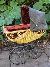 Superb Antique Doll Pram, fancy curved and shaped pattern cane weave with b