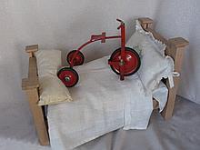 Exc. vintage 14cm metal Salesman Sample Trike, original red painting, tires