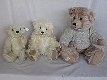 Three Bears:- white mohair 25cm Steiff Cub white label with button, Round-A