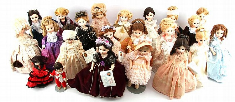LOT OF 20 MADAME ALEXANDER US FIRST LADIES DOLLS