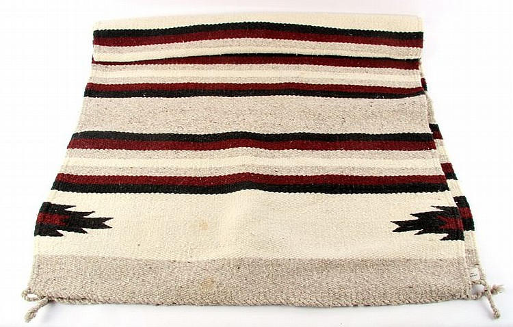 VINTAGE MEXICAN WOOL BLANKET/RUG AMERICRAFT