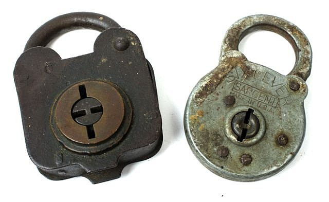 ANTIQUE CIVIL WAR C&S RAILROAD & SARGENT PADLOCK