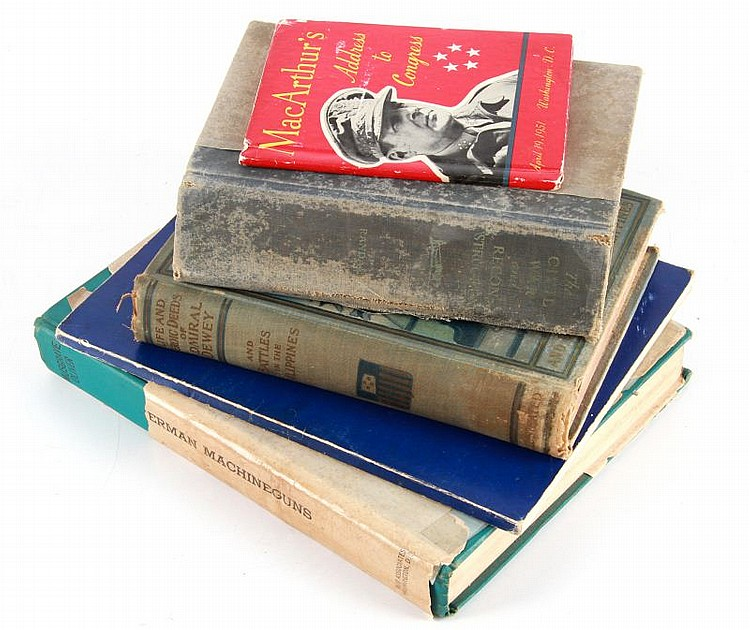 MIXED LOT OF 5 MILITARY BOOKS