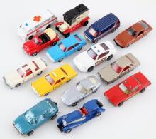 VINTAGE 1970S DIE-CAST TOY CAR LOT OF 14 TOMICA