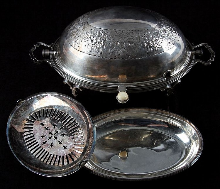 VICTORIAN ENGLISH SILVER PLATE CHAFFING DISH