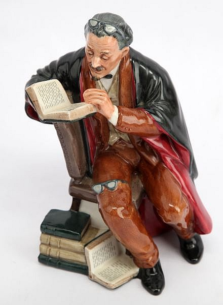 ROYAL DOULTON PORCELAIN FIGURINE THE PROFESSOR