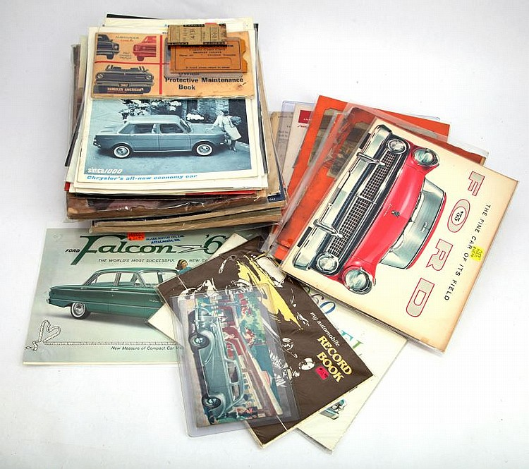 VINTAGE LOT OF MIXED AUTOMOTIVE MEMORABILIA