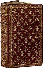 ÉDIT D'UNION, reglemens, et privileges des Secrétaires du Roy. Paris, Pierre le Petit, 1672. In-8, maroquin rouge, roulettes dorées en encadrement, plats entièrement semés de fleurs de lys dorées, dos orné de même, roulette sur les coupes, roulette