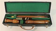 Baroque tenor recorder by Dushkin, wood; condition: good; straight windway; with white tooth-block liner; with swab and cork-grease;...