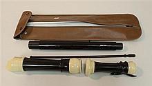 Baroque tenor recorder by Yamaha, plastic; condition: fair; curved windway; with swab-stick and Yamaha case