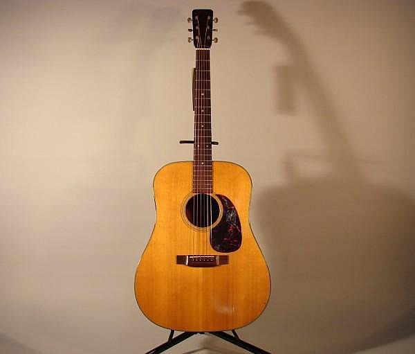 Martin D-18 Guitar