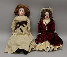 PAIR OF ANTIQUE BISQUE SHOULDER HEAD DOLLS: 18