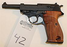 Walther P1 semi-automatic pistol. Cal. 9 mm. 5