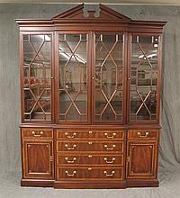Breakfront from White Fine Furniture, Mahogany, Veneered Sideboard, Lighted with Glass Shelves, Brass Handles, Good Condition (Minor...