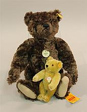 PAIR OF MINT TAGGED STEIFF MOHAIR BEARS - 16