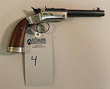 J. Stevens A&T Company Model 35 Target single shot pistol. Cal. 32 Short? 6