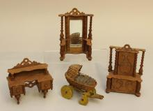 LOT OF UNMARKED WOODEN ANTIQUE DOLLHOUSE FURNITURE:
