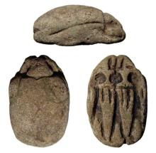Large faience scarab with Amen between two figures of Ra