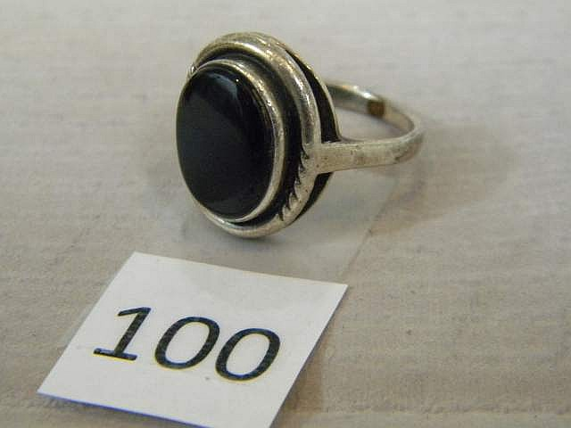 Sterling Silver Ring with Onyx Oval Stone Size 8