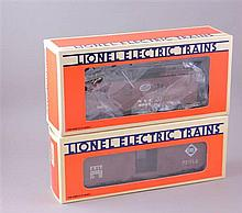 LIONEL MODERN ERA #19254 ERIE BOXCAR AND #6907 NYC CABOOSE, IN ORIGINAL BOX